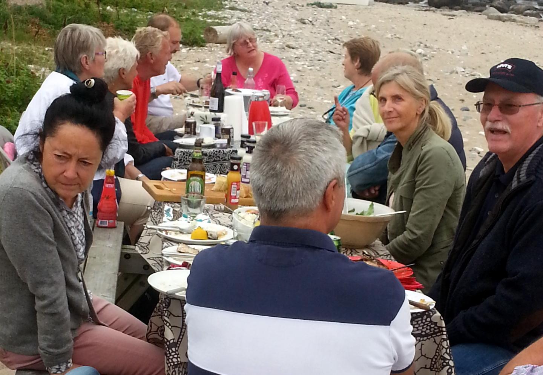 Fællesspisning på stranden 20. august 2016